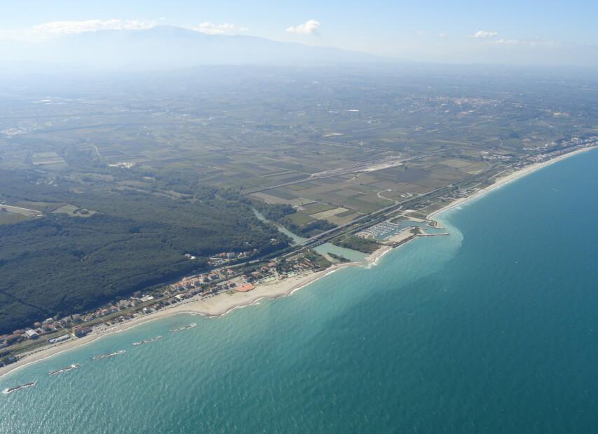 Letecký pohled na podstatnou část Torino di Sangro