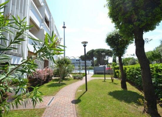 residence_7dae4209d6cd4e5a1e69eddfa14fc333.jpg
