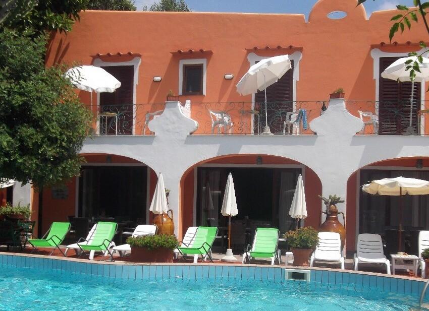 Hotel Aragonese***