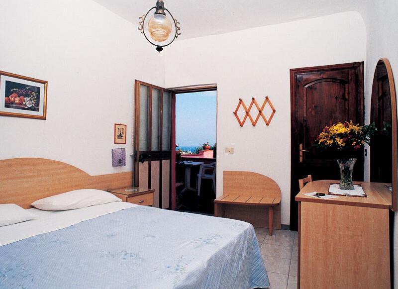 Hotel Casa Nicola**