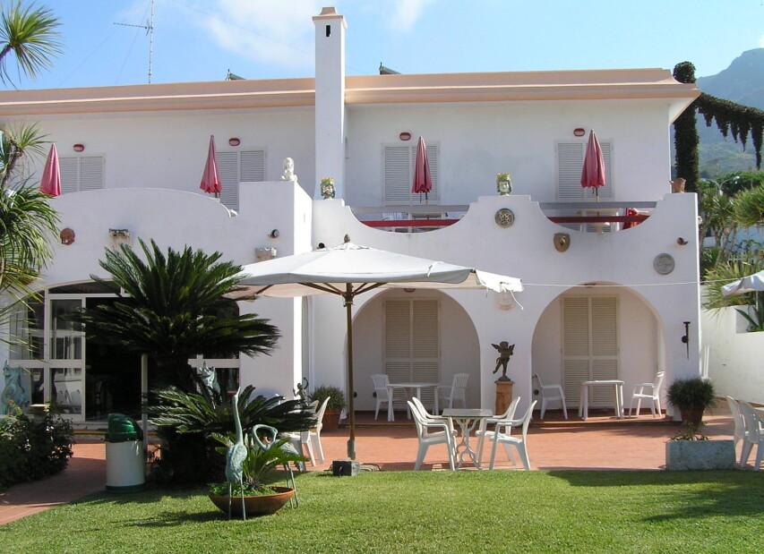 Hotel Corona***