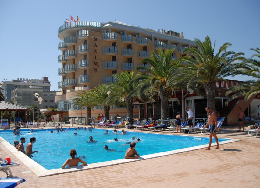 Hotel Maxim's*** - Martinsicuro
