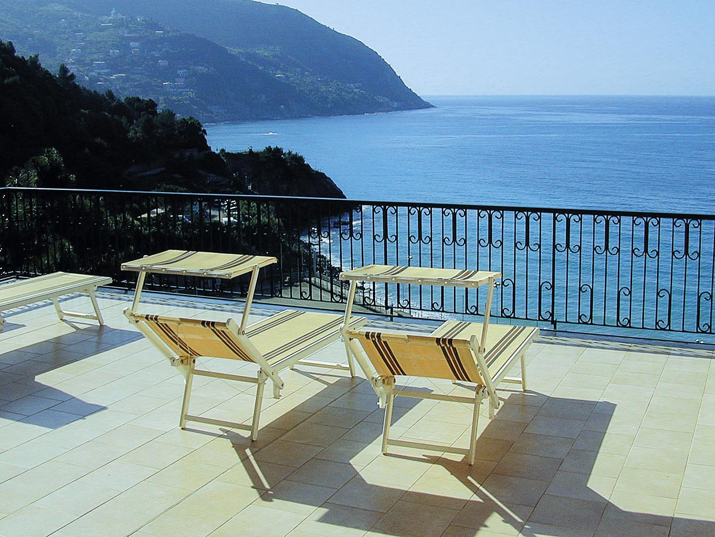 Hotel leopold moneglia azzurro opravdov for Hotel moneglia
