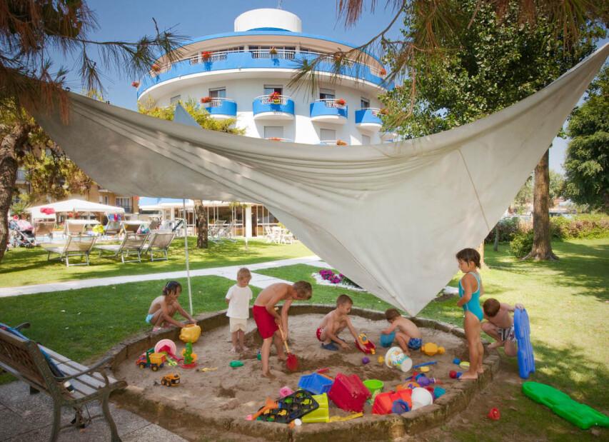 Hotel Playa Blanca***