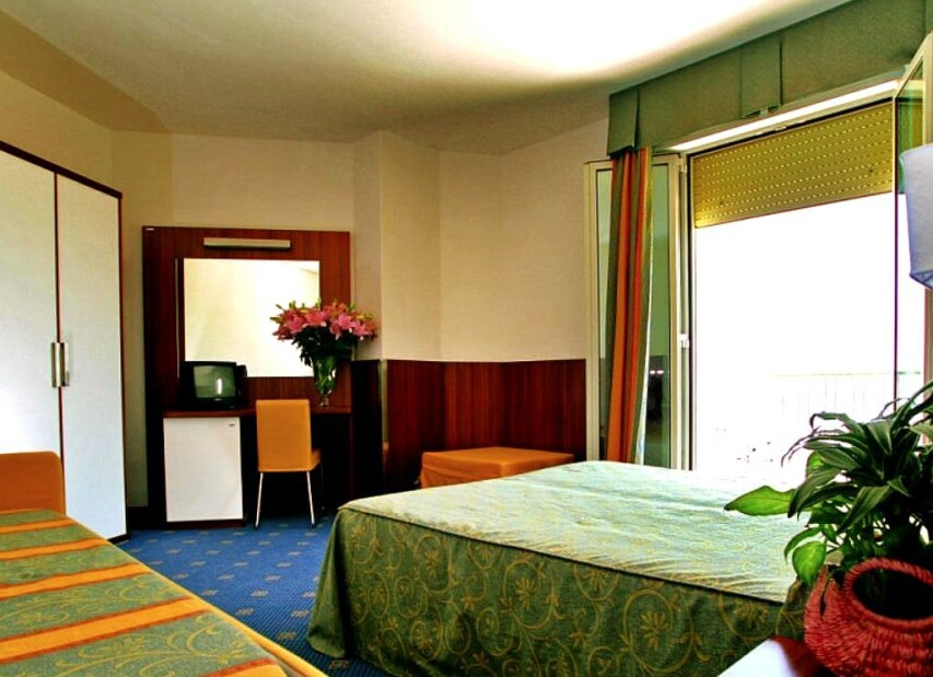 Hotel Touring***