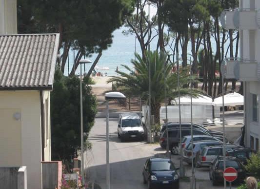 Palmová riviéra - Residence Alba Chiara