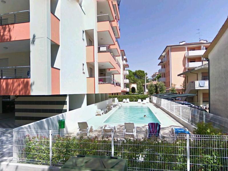 Apartm n a mono 4 residence rosa dei venti azzurro for Piscina rosa dei venti