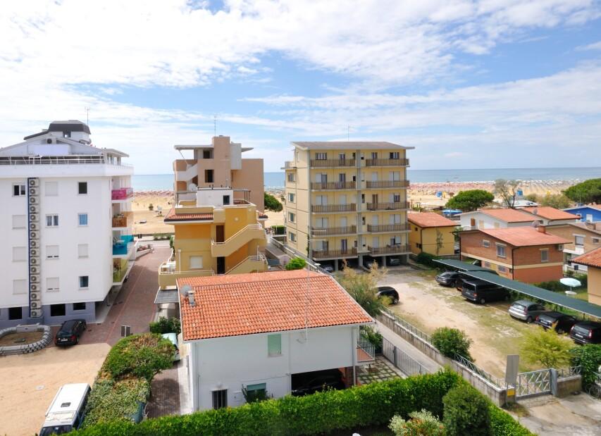 Residence Eurostar - výhled z residence