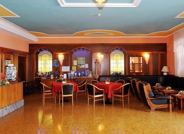 Park hotel Jolanda***