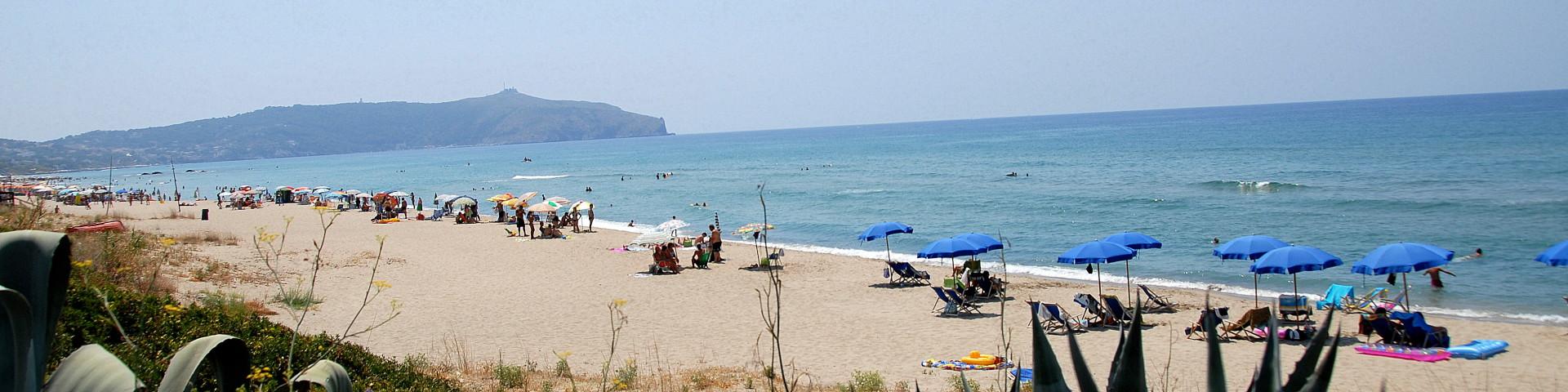Caprioli, pláže jsou tu většinou písčité