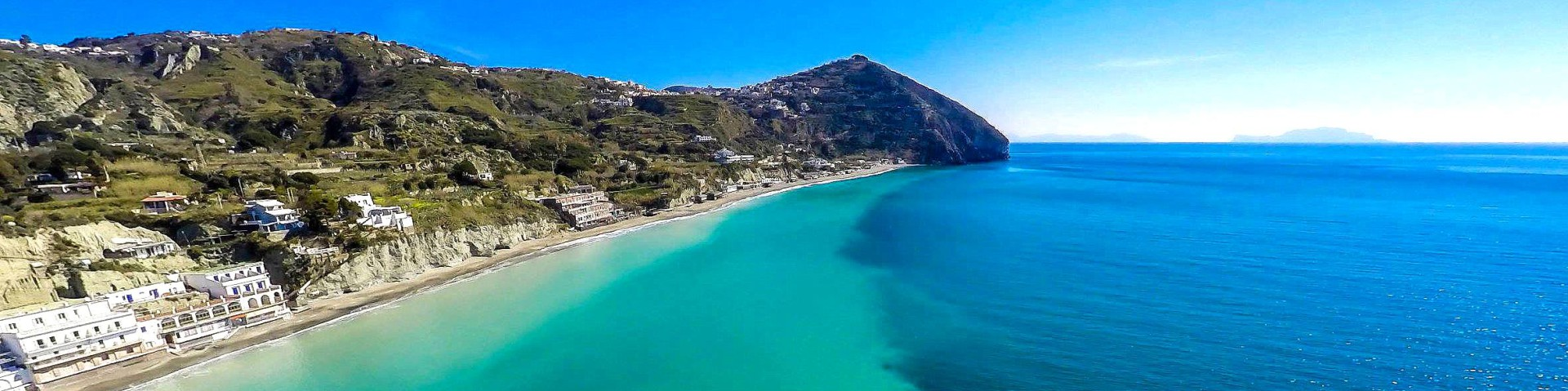 Barano, pláž zvaná Maronti (autor: Luigi Conte)