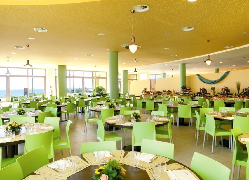1-serenusa - restaurant.jpg