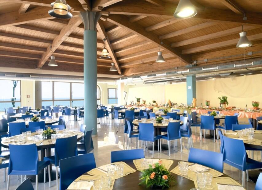 2-serenusa - restaurant 3.jpg