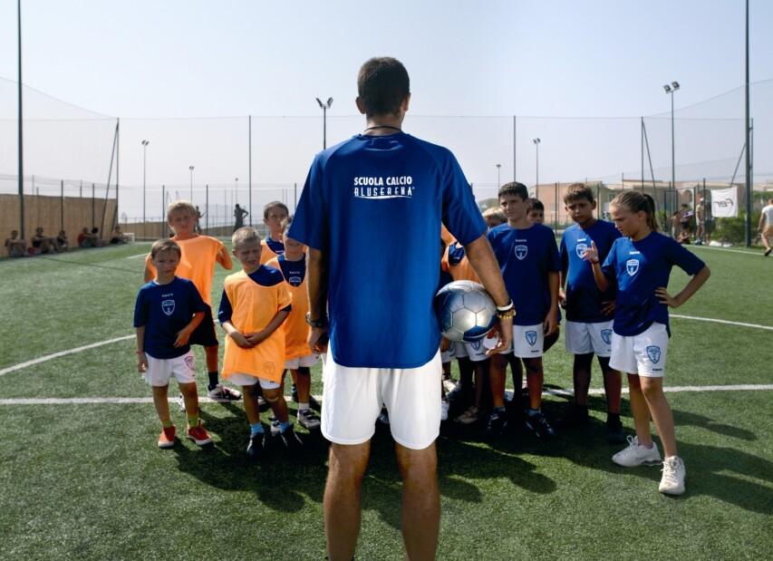 2-serenusa - soccer school.jpg