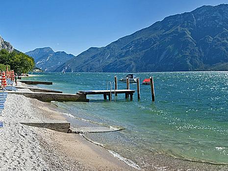 Lago di Garda - krásné jezero pod Alpami