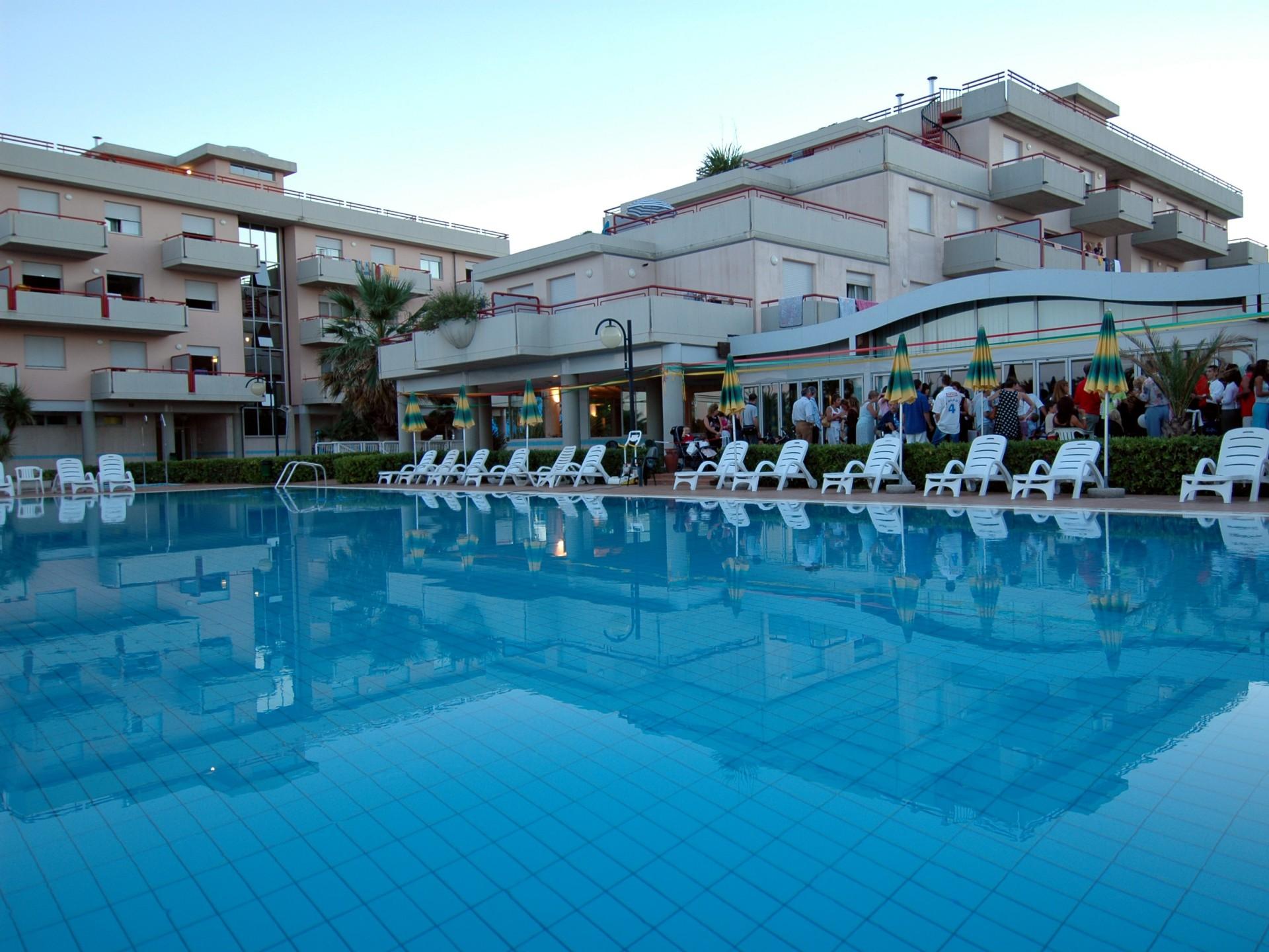 Beautiful Residence Club Le Terrazze Grottammare Contemporary - Casa ...
