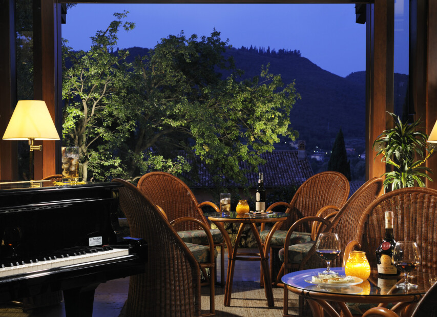 Poiano Resort**** - piano bar