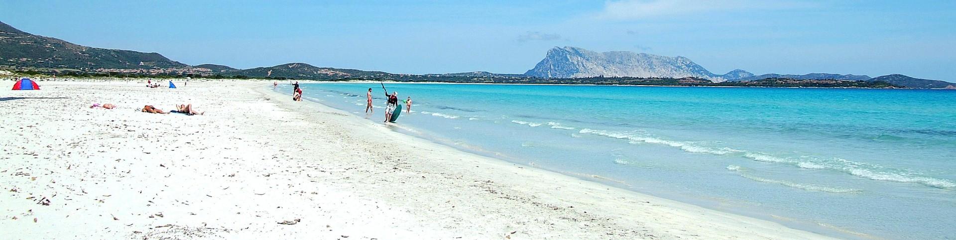 San Teodoro, pláž La Cinta, východní pobřeží