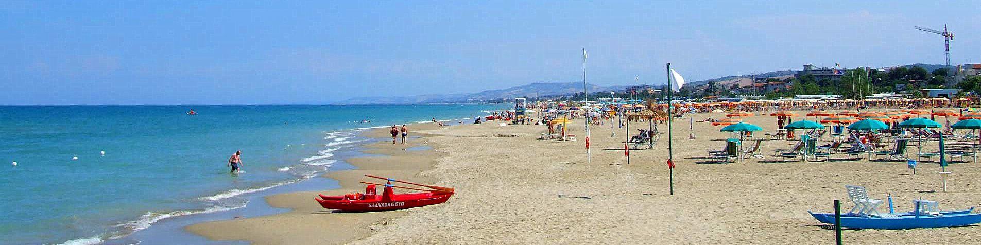 Alba Adriatica a její písečná pláž
