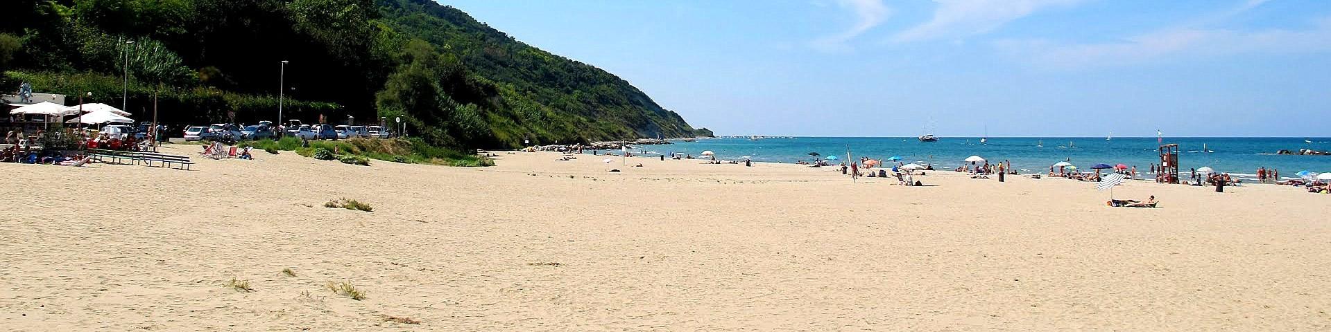 Pesaro, pláž v severní části letoviska