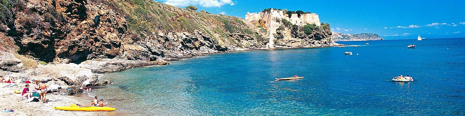 Capoliveri, pláž Capo Perla