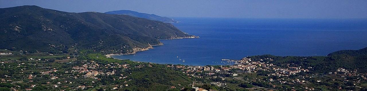 Marina di Campo, pohled z Campo nell´Elba