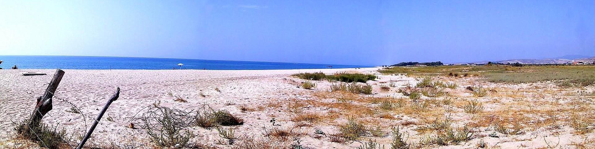 Belcastro Marina, kilometry volných pláží s bělostným pískem