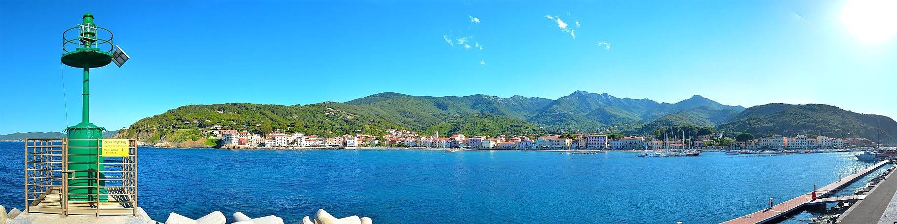 Elba, Marciana Marina je pěkné historické městečko s krásnými okolními plážemi