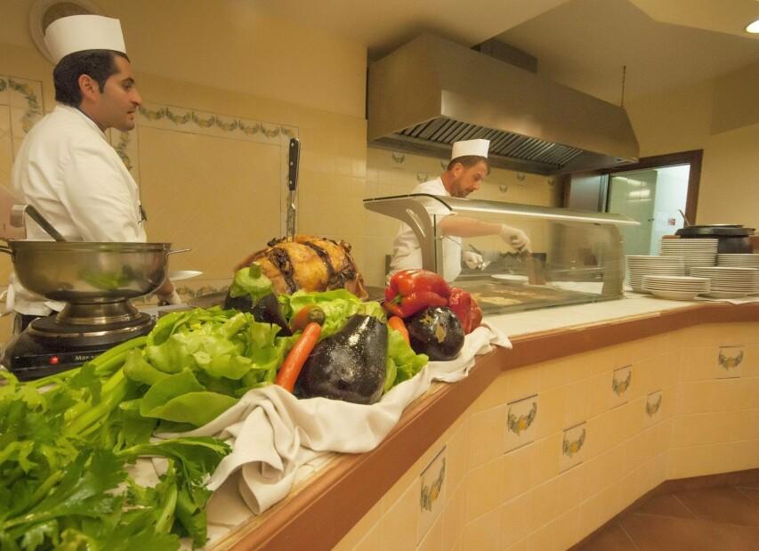 HVP_2014_ristorante_buffet_1.jpg