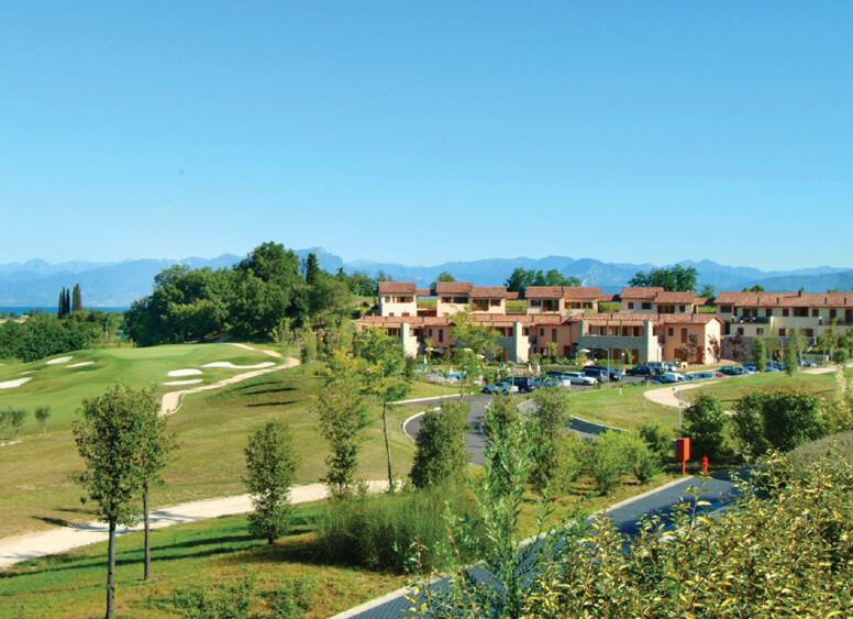 Golf Residence