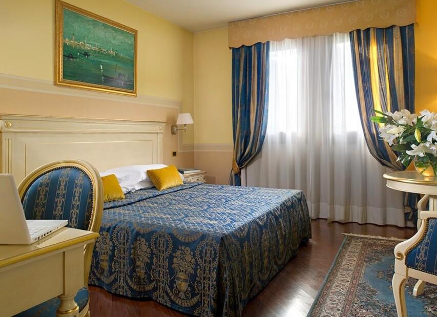 room4_DSC3623.jpg