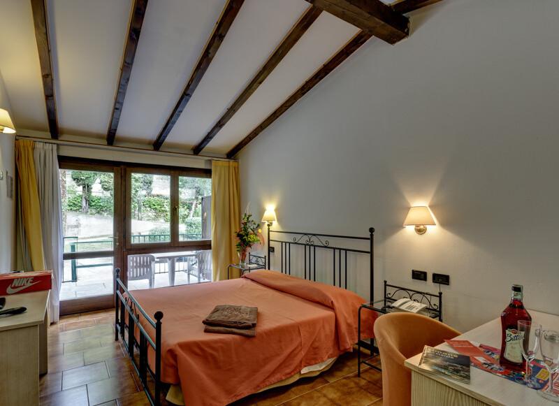 pokoj Standard s balkonem nebo terasou příklad