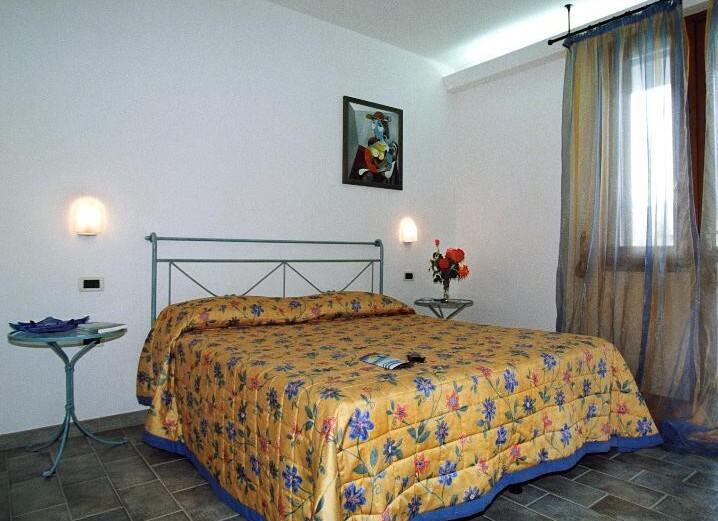 dvou - čtyřlůžkový pokoj