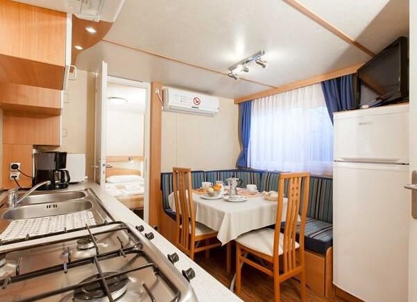 Residence Gold Holiday Maxicaravan 6