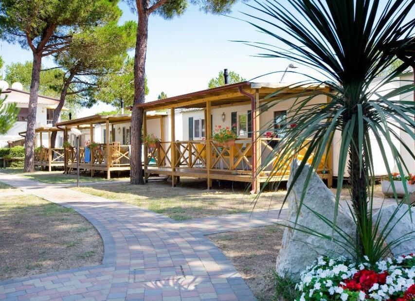 Camping Village Vela Blu****