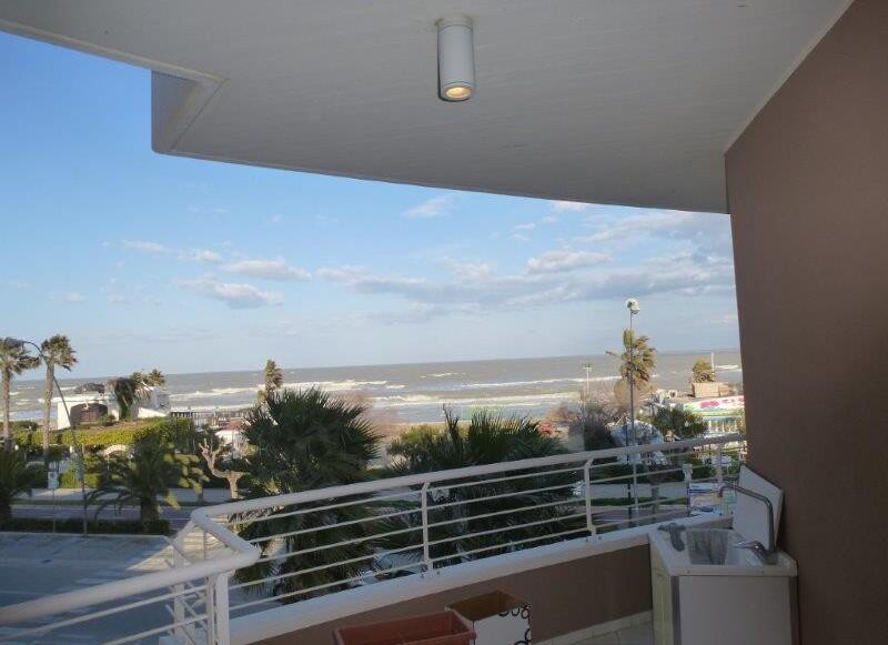 Residence Chic - B bilo 4 s výhledem na moře
