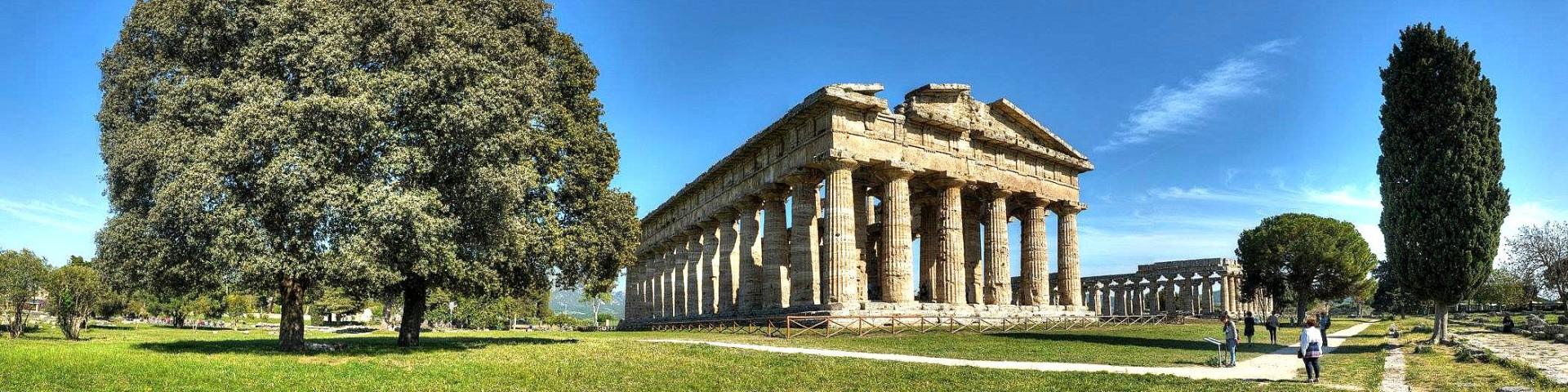 Paestum, procházka ruinami starobylého města je zážitkem