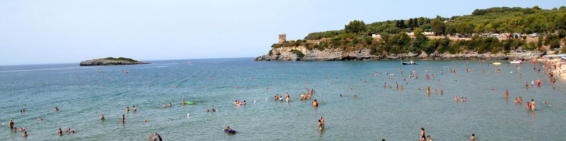 Marina di Camerota, ústřední pláž Calanca