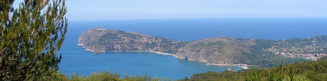 Palinuro, celkový pohled na Capo Palinuro a bezprostřední okolí