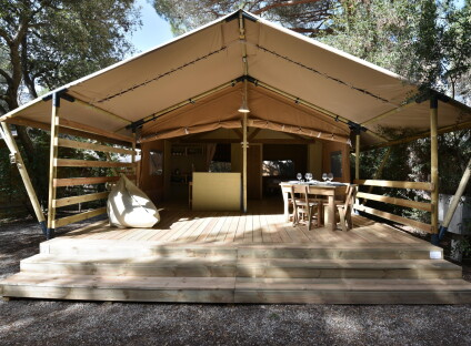Country Lodge Tent