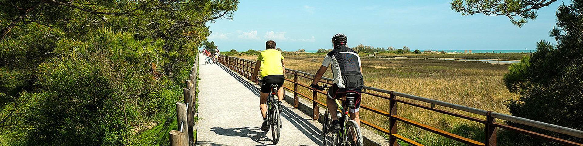 V Bibione najdete kilometry cyklostezek