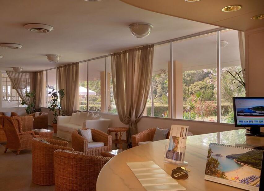 Hotel Club Ortano Mare****