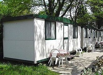 Camping Serenissima mobilhome s wc 3-4.jpg