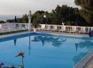 piscina2Ab.jpg