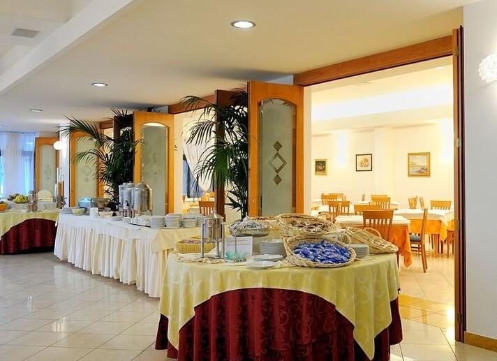 ristorante hotel.jpg