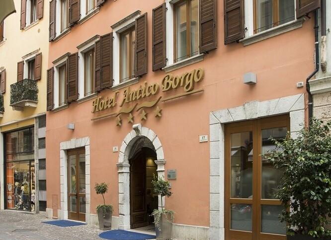 Hotel Antico Borgo****
