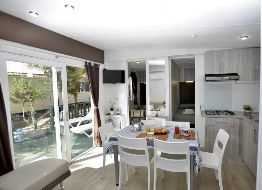 Living Room Mobile Home Torre Smeraldo.jpg