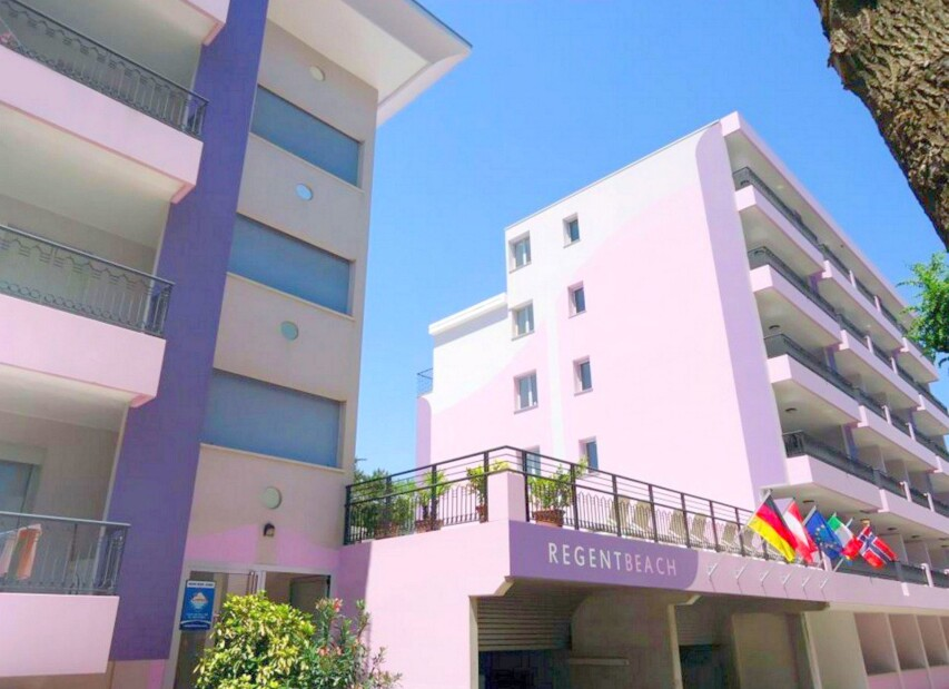 Residence Regent Beach Resort