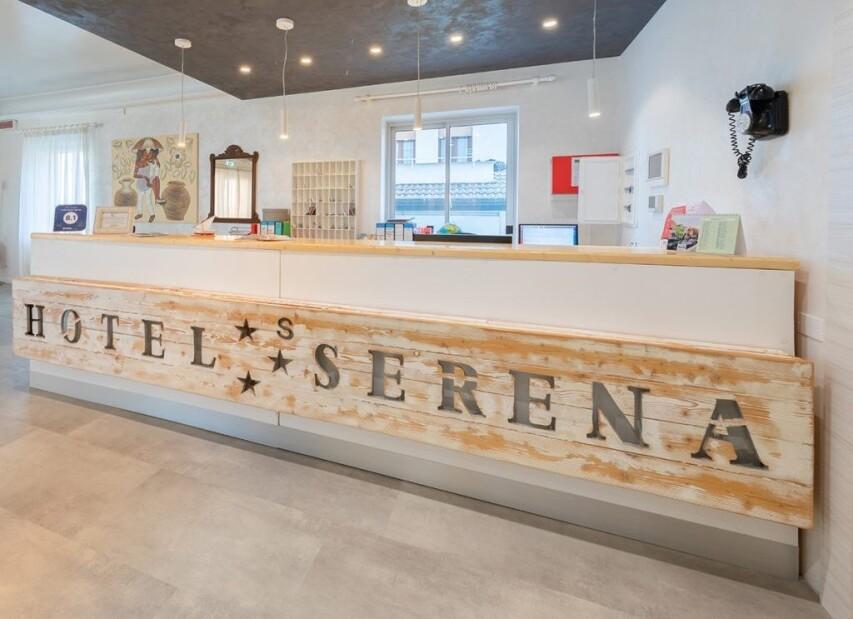 Hotel Serena***