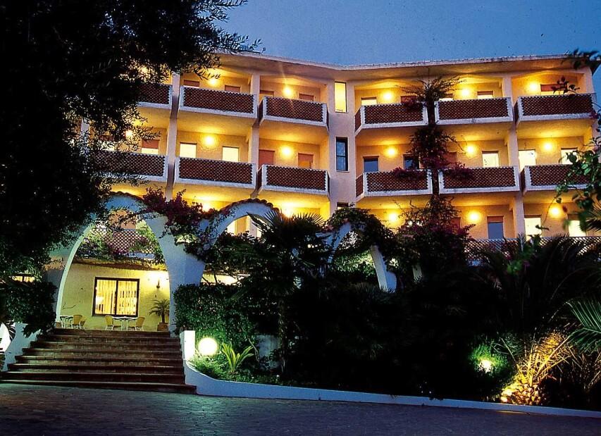 Hotel Punta Faro***